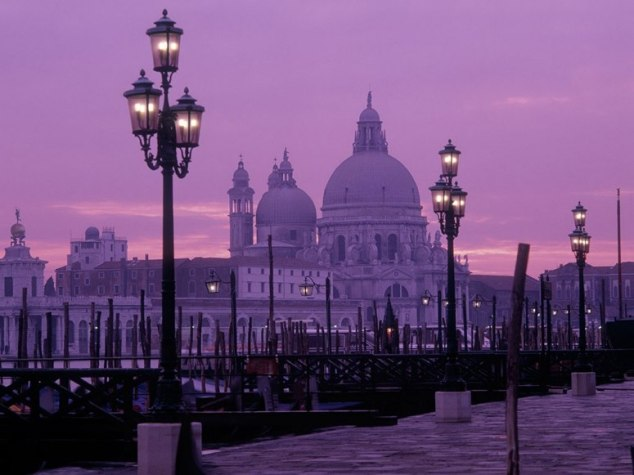 Venice and Pantone 2014 color of the year